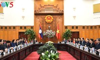 Thúc đẩy và làm sâu sắc hơn nữa quan hệ đoàn kết đặc biệt Việt Nam - Lào