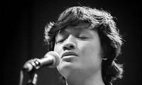 Nhạc sĩ Ngô Hồng Quang: Trước âm nhạc thì phải hết mình