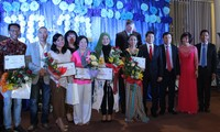 Chương trình tiếng hát ASEAN chào mừng ngày Phụ nữ VN tại Hungary