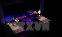 Bộ đôi nghệ sỹ dương cầm tài ba người Đức biểu diễn tại Hà Nội