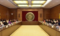 Quốc hội Việt Nam và Lào chia sẻ kinh nghiệm về chính sách dân tộc