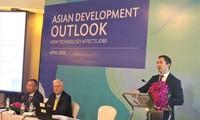 Kinh tế Việt Nam tiếp tục tăng trưởng mạnh mẽ