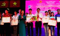 """Ảnh: Tổng kết và trao giải cuộc thi """"Tuổi trẻ làm theo tấm gương đạo đức Hồ Chí Minh"""" lần thứ III năm 2016."""