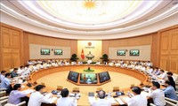 Phiên họp Chính phủ thường kỳ tháng 9: GDP tăng cao nhất kể từ năm 2011