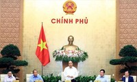 Thủ tướng Nguyễn Xuân Phúc chủ trì Phiên họp thường kỳ chính phủ tháng 9