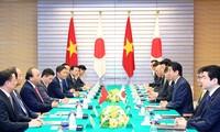 Thắt chặt hơn nữa quan hệ đối tác chiến lược sâu rộng Việt Nam - Nhật Bản