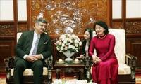Phó Chủ tịch nước Đặng Thị Ngọc Thịnh tiếp Chủ tịch Làng trẻ em SOS quốc tế Siddhartha Kaul