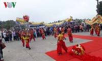 """Quảng Ninh đón những vị khách đầu tiên """"xông đất"""" du lịch"""