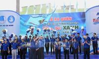 Chiến sĩ Mùa hè xanh Thành phố Hồ Chí Minh tình nguyện vì cộng đồng