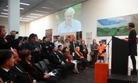 นิทรรศการภาพวาดเพื่อช่วยเหลือผู้เคราะห์ร้ายจากสารพิษสีส้มไดอ๊อกซินเวียดนามในออสเตรเลีย