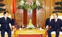 ผลักดันการก่อสร้างทางด่วนสาย คุนหมิง - Lào Cai ให้แล้วเสร็จโดยเร็ว