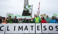 ประชาชนหลายประเทศทำการชุมนุมต่อต้านการเปลี่ยนแปลงของสภาพภูมิอากาศ