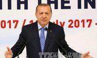 ประธานาธิบดีตุรกีเจรจาทางโทรศัพท์กับผู้นำปาเลสไตน์และอิสราเอลเกี่ยวกับปัญหาความตึงเครียดในเยรูซาเล็ม