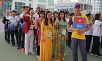 พิธีเชิญธงชาติขึ้นสู่ยอดเสาของคณะนักกีฬาเวียดนามที่เข้าร่วมการแข่งขันกีฬา AIMAG 5
