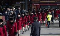 กองเชียร์ของสาธารณรัฐประชาธิปไตยประชาชนเกาหลีเดินทางถึงสาธารณรัฐเกาหลี