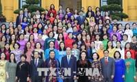 ประธานประเทศพบปะกับกลุ่มส.ส.สตรีสภาแห่งชาติสมัยที่ 14