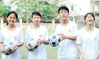 """เยาวชนเวียดนาม 4 คนได้รับเชิญเข้าร่วมกิจกรรม """"ฟุตบอลแห่งความหวัง""""ของ FIFA"""