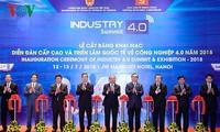 นายกรัฐมนตรีเหงวียนซวนฟุกเข้าร่วมฟอรั่มระดับสูงและงานนิทรรศการเกี่ยวกับอุตสาหกรรม4.0