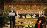 ประธานาธิบดีสาธารณรัฐเกาหลีเข้าร่วมพิธีสวดมนต์พิเศษเพื่อสันติภาพบนคาบสมุทรเกาหลี ณ สำนักวาติกัน