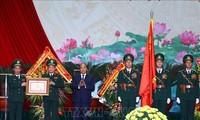 นายกรัฐมนตรีเหงวียนซวนฟุกเข้าร่วมพิธีรำลึกครบรอบ60ปีวันจัดตั้งหน่วยทหารชายแดน