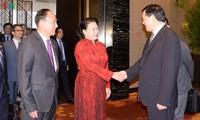 ประธานสภาแห่งชาติเหงวียนถิกิมเงินให้การต้อนรับเลขาธิการพรรคสาขามณฑลเจียงซู ประเทศจีน