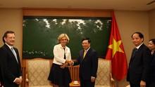 팜 빈 민 (Phạm Bình Minh) 부총리 겸 외교부 장관, 일드프랑스 주지사 접견