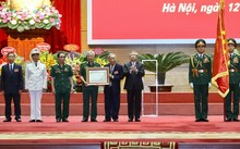 Vietnamese experts in Cambodia awarded highest honor
