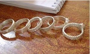 チュル族の婚約指輪