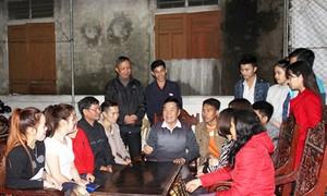 Au nom de l'amitié vietnamo-laotienne