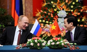 Para pemimpin Federasi Rusia mengirim surat ucapan selamat sehubungan dengan ultah ke-40 Pembebasan total Vietnam Selatan dan Penyatuan Tanah Air kepada para pemimpin Vietnam