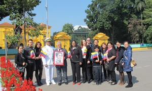 Conmemoran en Vietnam la desaparición de Simón Bolívar, Libertador de América