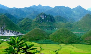 Quan Ba, a heaven of clouds and mountains