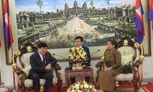 ผู้นำกพช.ให้การต้อนรับคณะผู้แทนสถานีวิทยุเวียดนาม