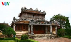 Literatur zur königlichen Architektur in Hue