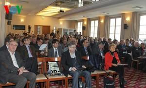 Colloque sur le 12ème Congrès du Parti en France