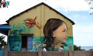 หมู่บ้านประมงที่มีการวาดภาพบนผนังแห่งแรกในเวียดนาม