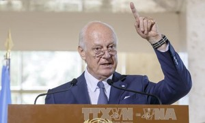 UN, Russia seek solution for Syria crisis