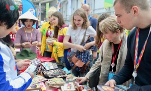 Vietnamese cultural identities at the world festival for students and youth
