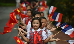 Emission spéciale célébrant les 45 ans de relations vietnamo-françaises