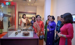 Супруга президента Индонезии посетила Музей вьетнамских женщин