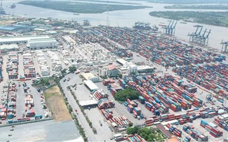 Solutions to develop Vietnam's southern key economic region