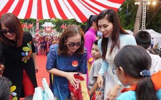 Vinh danh cặp bánh trung thu lớn nhất Việt Nam