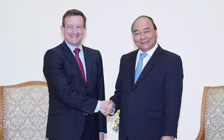 PM receives France's outgoing ambassador