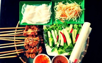 Street food in Hoi An ancient town