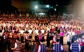 2.019 người sẽ tham gia màn xòe đại đoàn kết tại Nghĩa Lộ, Yên Bái