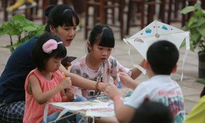 Sommerferien der Kinder im Literaturtempel in Hanoi