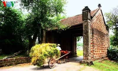 หมู่บ้านโบราณเดื่องเลิม-Làng Cổ Đường Lâm