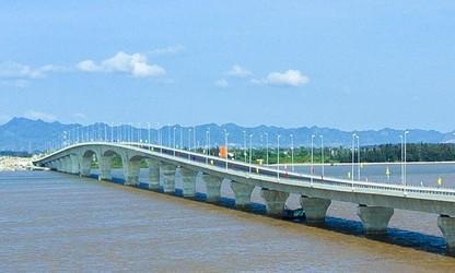 Tan Vu-Lach Huyen project to boost northern region's economic development