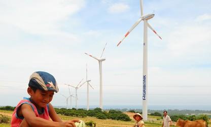 自主掌握清洁能源技术  保护环境  实现可持续发展