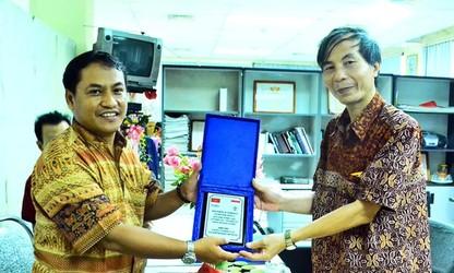 Pendengar mengucapakan HUT ke-51 siaran bahasa Indonesia - VOV5